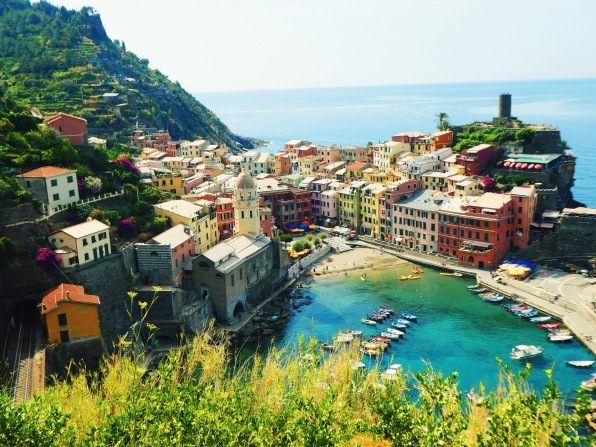 Entering Vernazza.